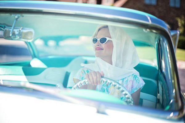 vintage 1950s, pretty woman, vintage car
