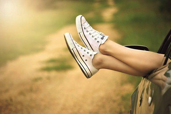 shoes, legs, car